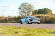R8 V8