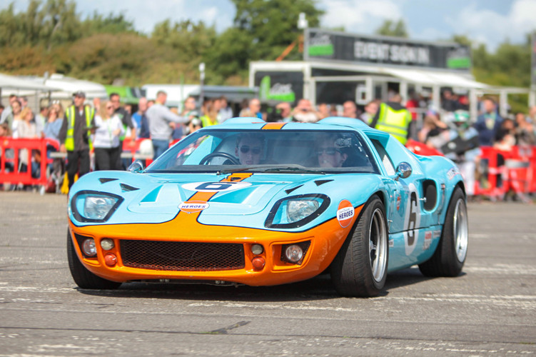 Three Sisters Race Circuit >> GT40 | Cars